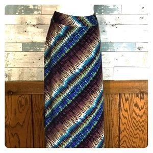 Roz and Ali maxi skirt tie dye fall 1X       0219